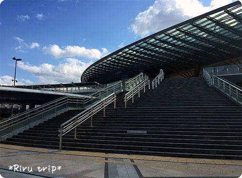 岐阜駅北口階段