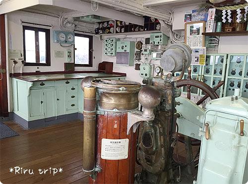 氷川丸操舵室2-1