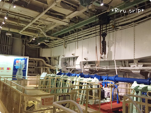 氷川丸機関室1