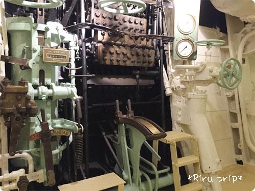 氷川丸機関室3